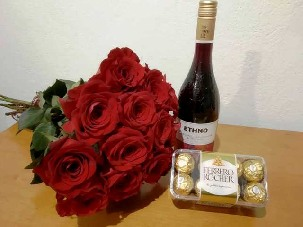 13 red roses, wine and candy