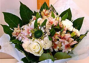 Mixed bouquet in pastel colors