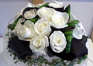 Bouquet with white roses - Gloria
