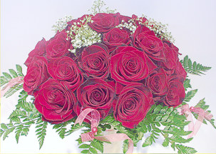 Bouquet with 33 red roses - With love